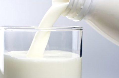 O poder do leite! Veja truques com a bebida para ter pele e cabelos mais bonitos