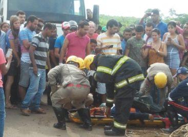 Acidente deixa três pessoas feridas