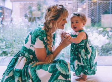 looks de mãe e filha vestidas iguais para se inspirar