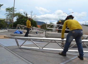Carnaval 2017: prefeitura monta estrutura na Praça de Eventos