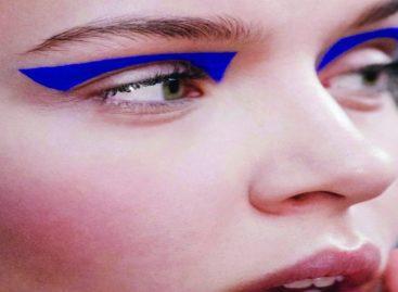 Delineador azul e outras tendências de inverno para copiar já