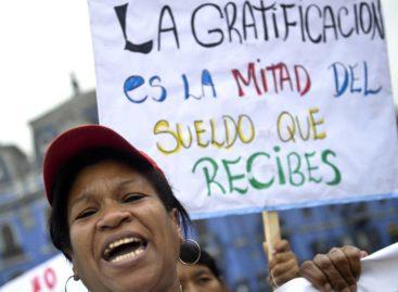 Uma em cada duas mulheres trabalhadoras tem um emprego sem garantia de direitos