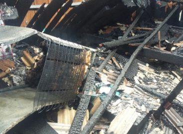 Duas casas pegam fogo em Parauapebas