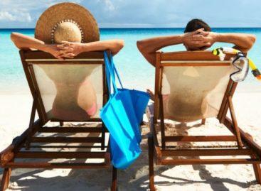 Reforma propõe que você possa dividir suas férias em 3 períodos: entenda as regras