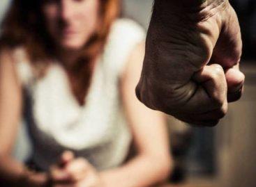 Mulheres criam hashtag sobre relacionamentos abusivos