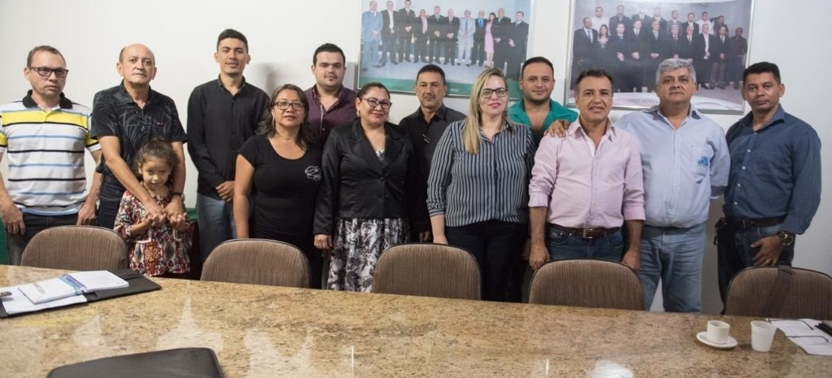 Gesmar se reúne com contadores e se compromete a lutar pela implantação da Receita Federal no município