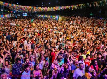 Dona Onete marca encerramento do 15º festival junino Jeca Tatu
