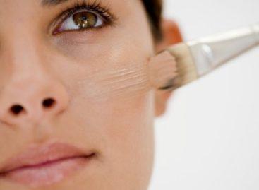 Truques para disfarçar as olheiras e manchas