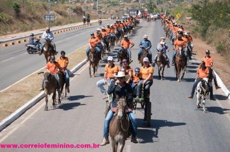 Cavalgada é realizada em comemoração ao 23º aniversário de Palmares Sul