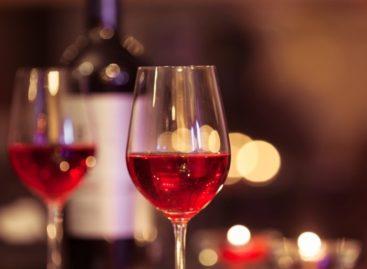 Estudo aponta que substância do vinho ajuda na queima de gordura