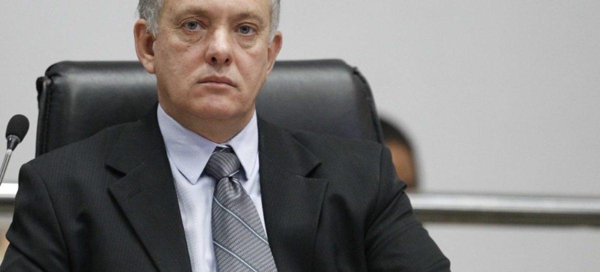 Vereador Coutinho pede licença da Câmara para assumir secretaria de governo