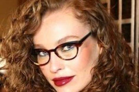 Dicas de maquiagem para quem usa óculos de grau