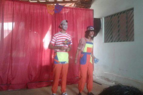 A escola vai Associação de Teatro de Parauapebas