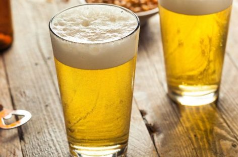 Cerveja é mais eficaz que paracetamol para aliviar a dor, diz estudo