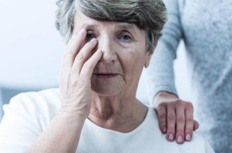 Saiba como a menopausa afeta o risco de Alzheimer