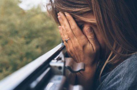 Há um tipo de depressão que é confundida com mau humor: conheça a distimia