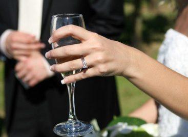 Casamentos civis diminuem no Brasil, enquanto divórcios crescem