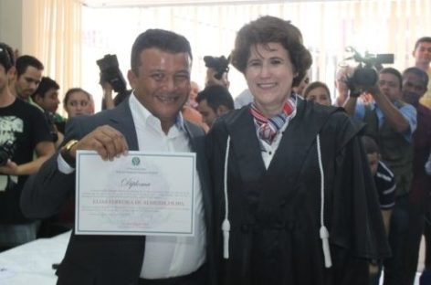 Câmara Municipal aprova concessão de Título de Cidadã Honorária à juíza Eline Salgado