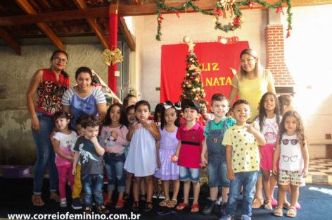 Celebração natalina marca encerramento do ano letivo do Centro Educacional Arco Íris