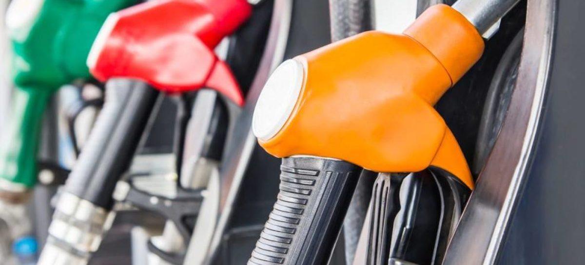 Preços da gasolina e do diesel terão a 1ª variação de 2018 amanhã